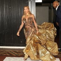 beyonce-2018-Wearable-Art-Gala-02