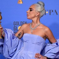 lady-gaga-2019-golden-globe-05