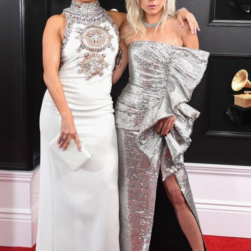Lady-Gaga-Celine-Dress-2019-Grammys (13)